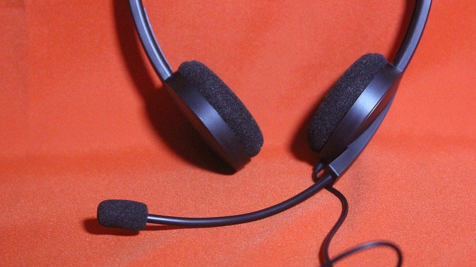 headset-707889_960_720